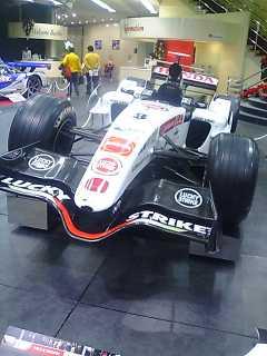 F1010469